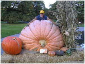 Southern New England Giant Pumpkin Growers Association, Topsfield Fair first place giant pumpkin, 1674.5 pounds (759.4 kg), 2010  Grown with ZeoPro, grown by Steve Connolly